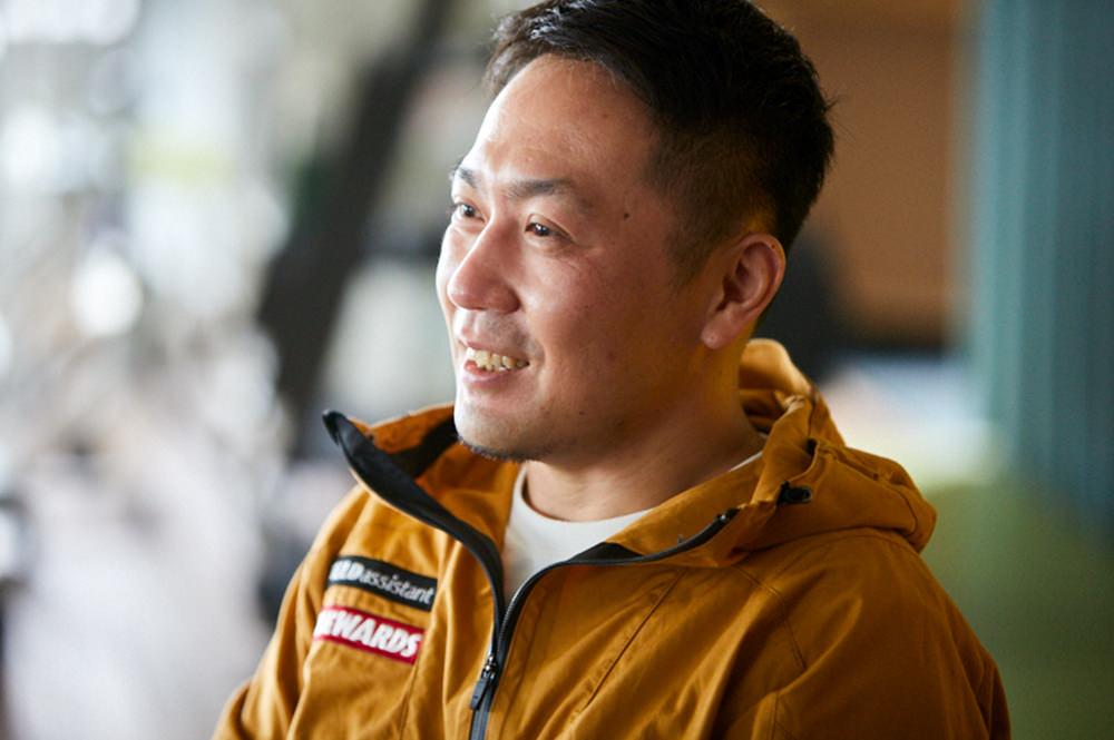 インタビューに応える極地建築家・村上祐資氏